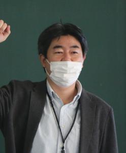 システムエンジニア 山根淳一さん(28回生)